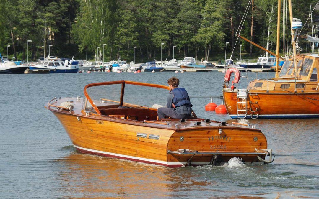 Vene vesille yllätysvieraan kanssa