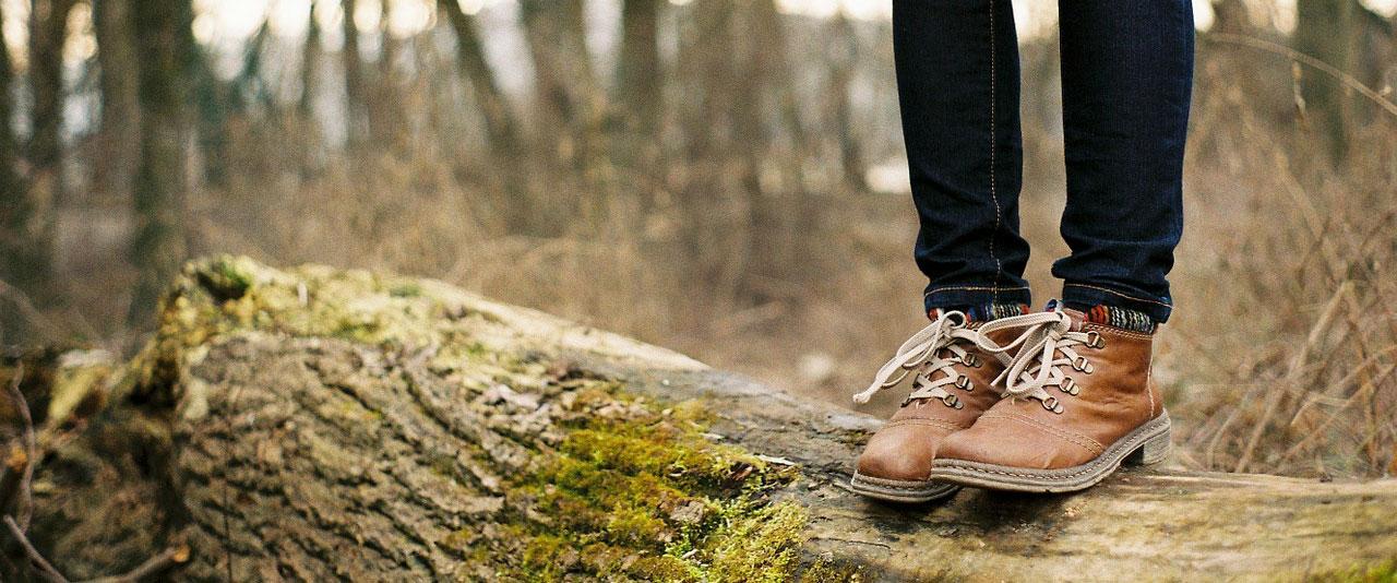 Työhyvinvointia luonnosta voit saada olemalla hetken läsnä tässä hetkessä, metsässä pysähtymällä se onnistuu.