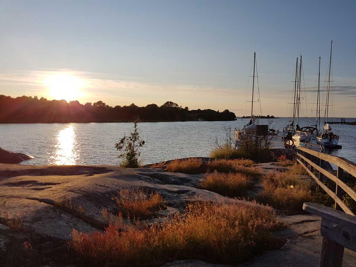 Jungfruskär on kaunis retkisatamama Saaristomeren kansallispuistossa.